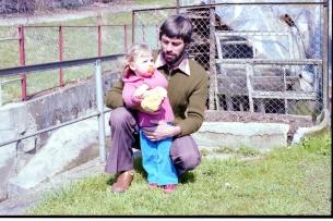 Papi und ich am Bach