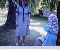 Omi, die Weide und ich