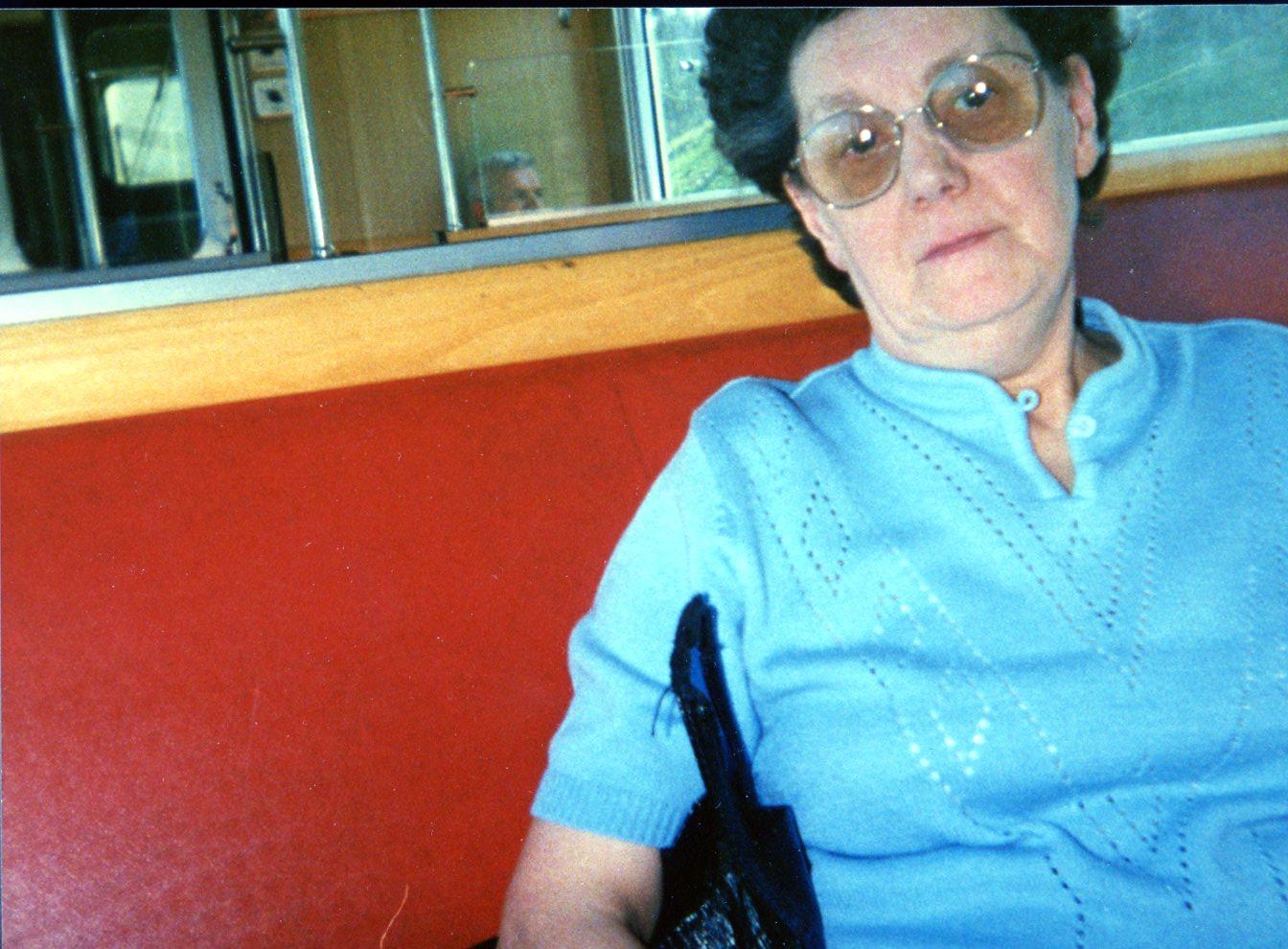 Paula im Zug